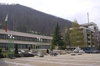 Площад в центъра на Своге