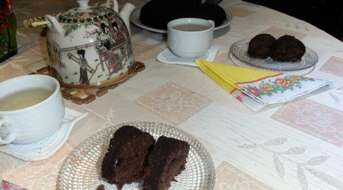Безглутенов кекс с брашно от елда, мед и орехи